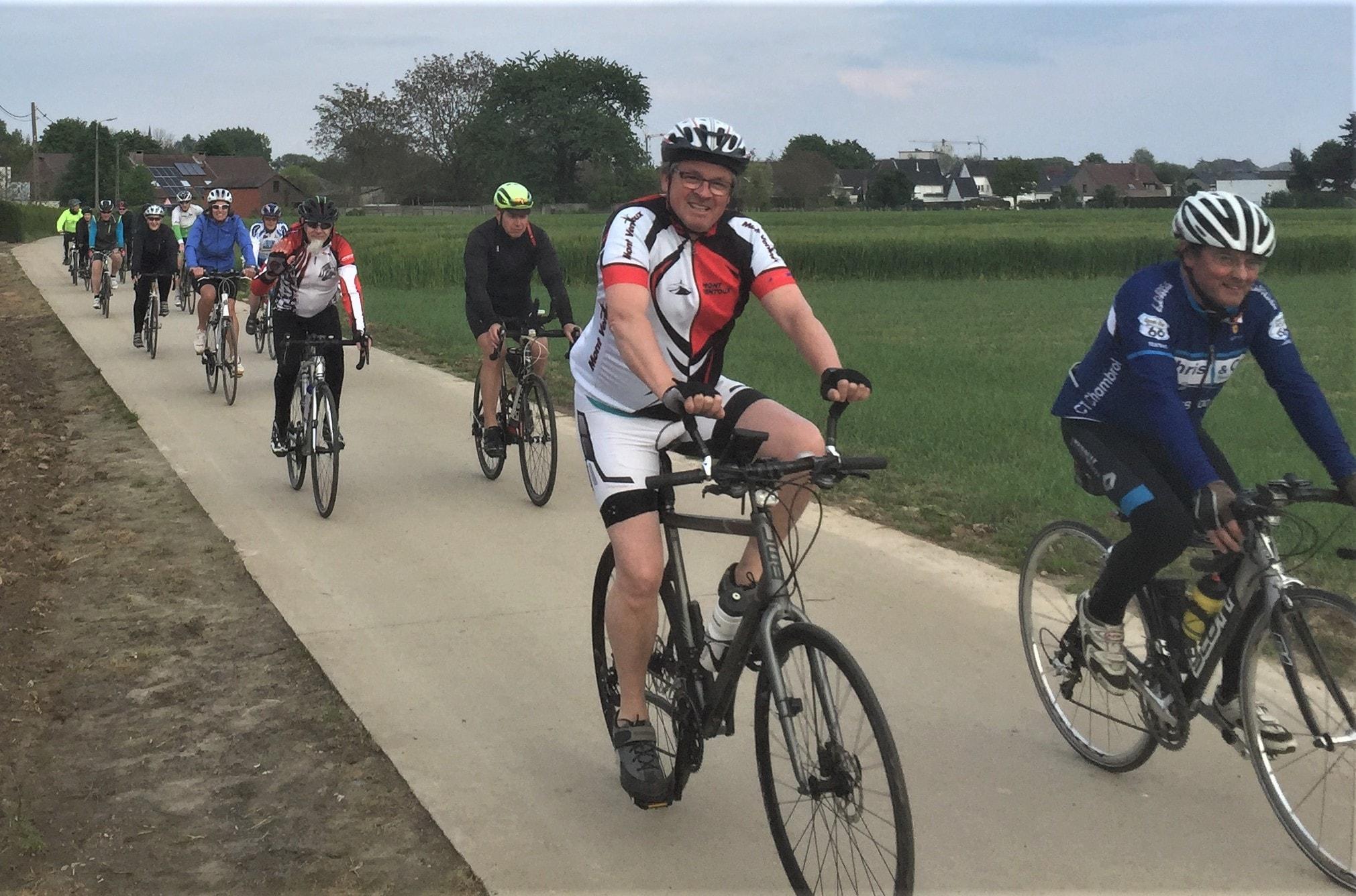 ritje tijdens de start to cycle langs mooie wegen - 3