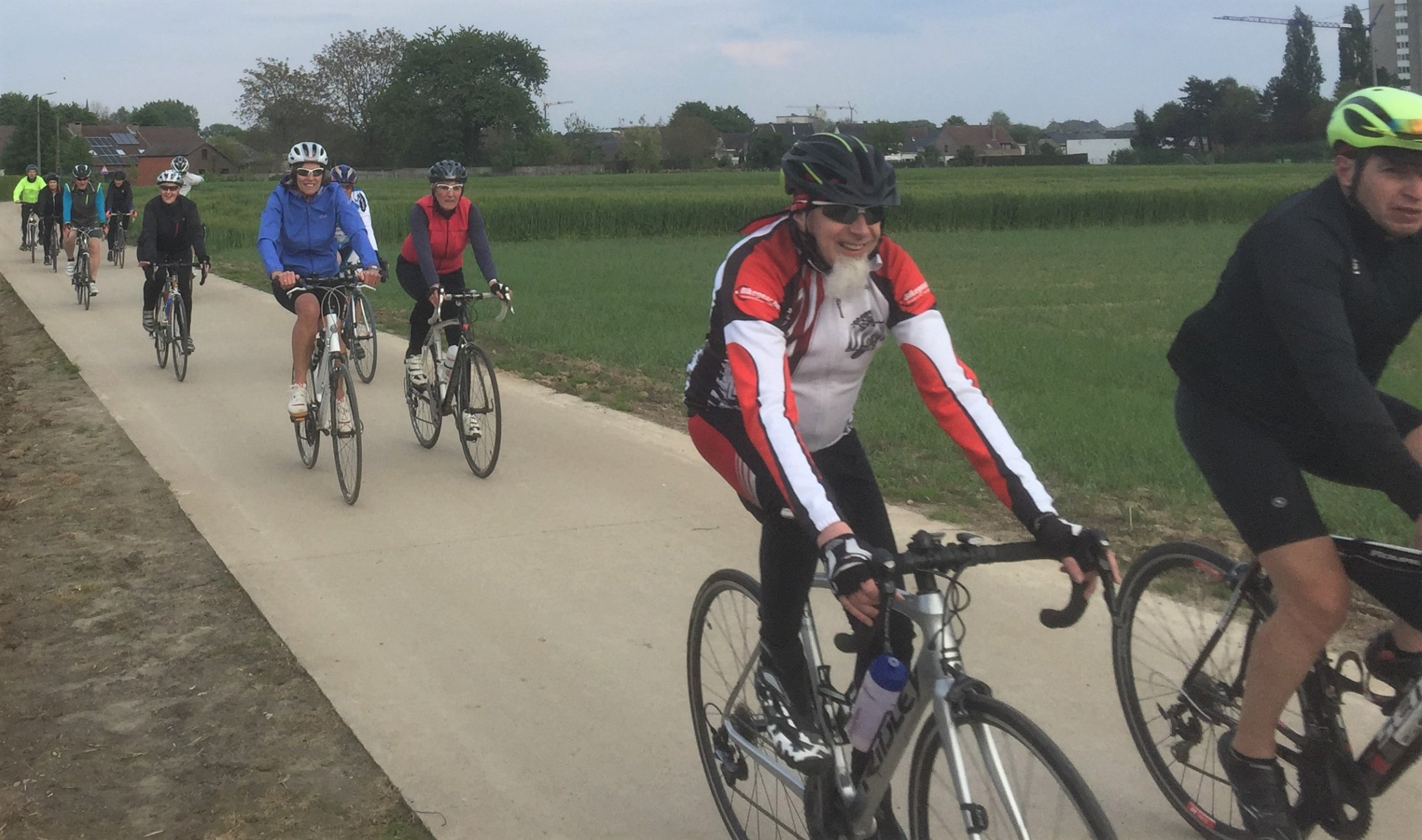 ritje tijdens de start to cycle langs mooie wegen - 2
